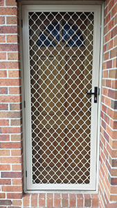 Aluminum door with grille